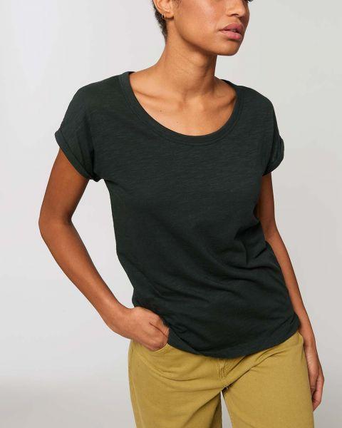 Leichtes T-Shirt in Slub Optik mit gerollten Ärmeln